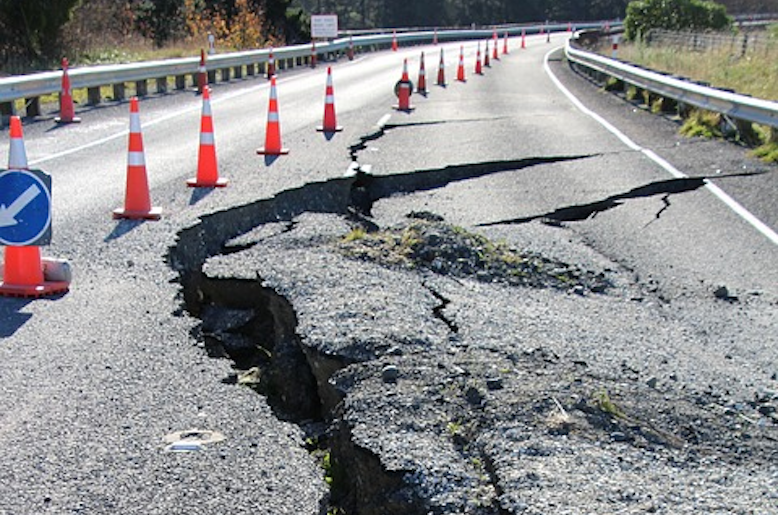earthquake-damage-on-the-road
